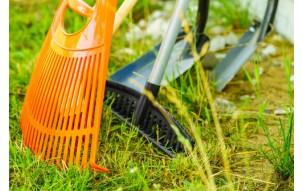 Jak przygotować ogród do sezonu - 5 niezbędnych narzędzi ogrodniczych